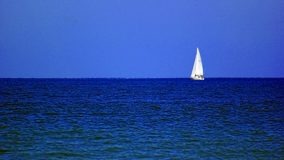 I was alone at sea, 3